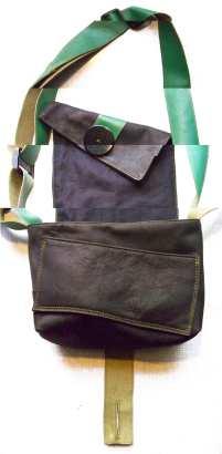 sac a main cuir noir et vert